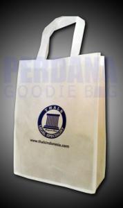 Goodie Bag Thals Bahan Spunbond Klien Bintaro Jakarta Selatan
