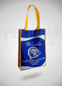 tas-untuk-souvenir-wisuda-by-perdana
