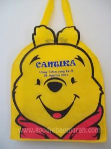 goodie-bag-murah-winnie-the-pooh-cantika-palembang