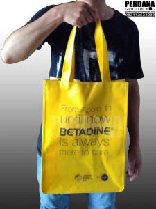 tas promosi murah betadine bahan D300 by Perdana