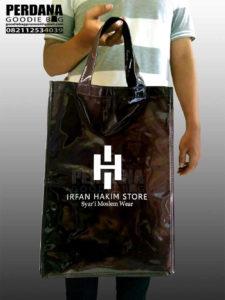goodie bag promosi murah bahan sponlack