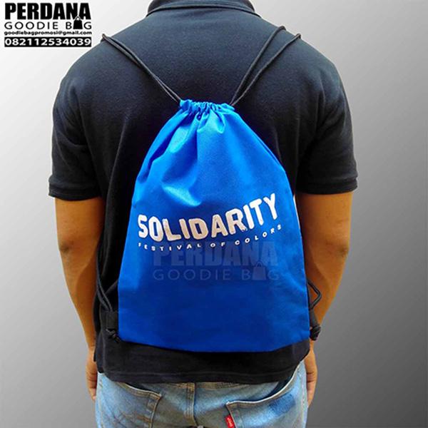 Q3197 tas spunbond sablon solidarity medan