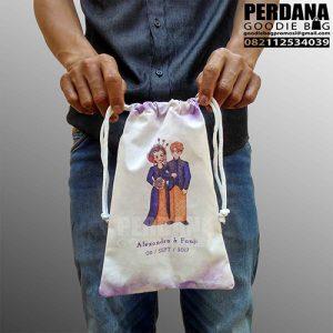 tas souvenir pernikahan blacu printing pouch serut Q3291