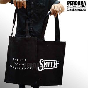 tote bag kanvas smith sablon custom Q3344