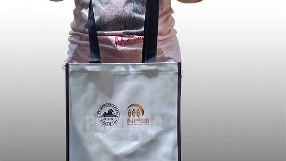jual goodie bag printing kalep kombinasi dinier di Bogor Q3513