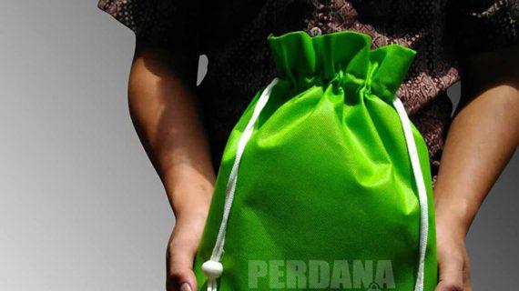 jual tas spunbond polos hijau model serut