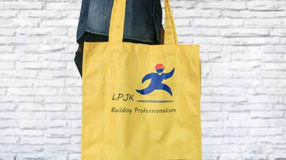 Goodie Bag Anti Air LPJKN Di Kebayoran