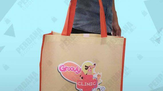 Tas Souvenir Goodie Bag Groovy Clinic Radio Dalam