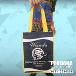 Contoh Tas Souvenir Wisuda Bahan Spunbond Manado