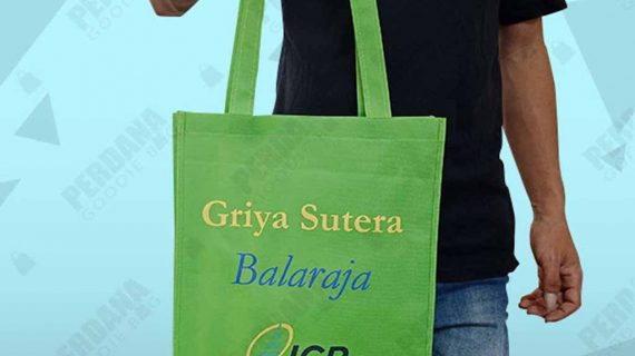 Tas Jinjing Spunbond Hijau Klien Griya Sutera Jakarta Barat