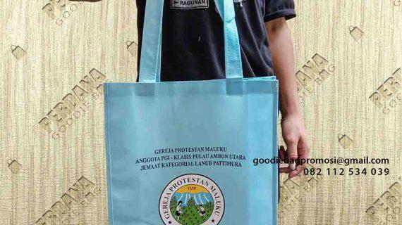 Tas Spunbond Biru Kirim Ke Desa Tawiri Teluk Ambon Maluku
