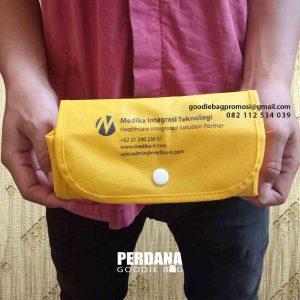 contoh tas souvenir lipat by Perdana Goodie Bag id5120