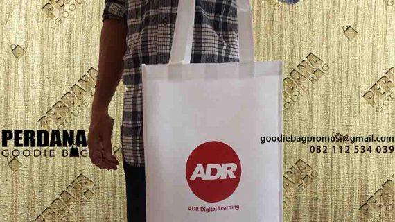 Tas Souvenir Custom Klien Komplek Industri ADR Group Tangerang