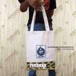 Tote Bag Kanvas Kombinasi Batik Model Jinjing Komplek Perkantoran Lemigas Cipulir