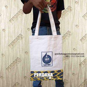 Tote Bag Kanvas Kombinasi Batik Model Jinjing Komplek Perkantoran Lemigas Cipulir id6027