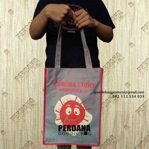 Goodie Bag Murah Bahan D300 Desain Sablon Kompleks Townhouse Limo Depok id7097p