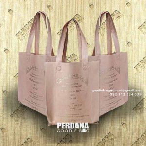 Goody Bag Murah Spunbond Press Pondok Pinang Kebayoran Lama Jakarta Id8434P